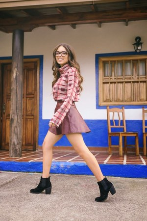 black H&M boots - maroon Ro & De sweater - pink romwe skirt