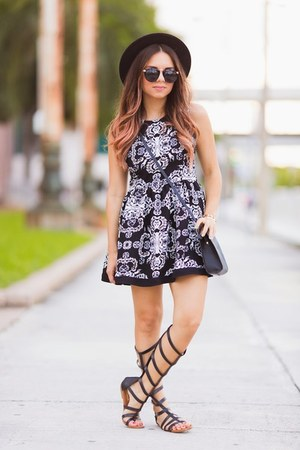 white Style Mafia dress - black gladiators prima dona shoes