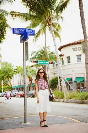 white Dailylook skirt - black Nine West shoes - ruby red Shoppiin top