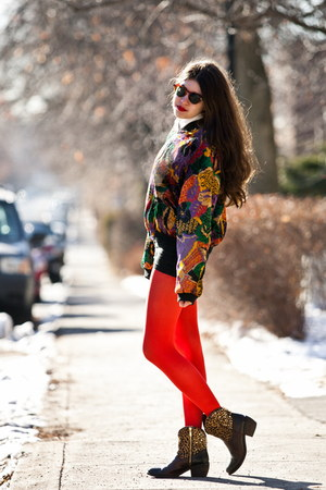 orange velvet vintage blazer - red American Apparel tights
