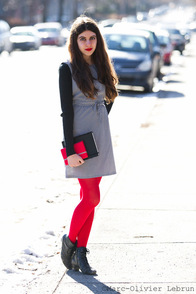 red American Apparel tights - black vintage boots