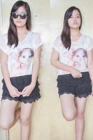 white shirt - black black lace shorts - white whiteredblack fila sneakers