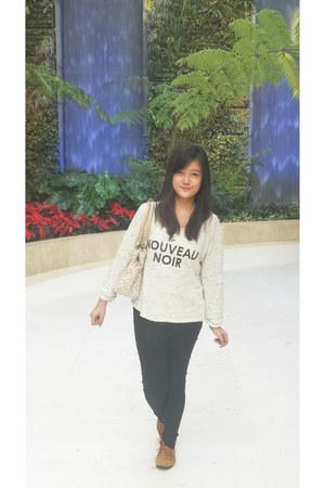 black shoes - white jeans - white H&M sweater - dark khaki shirt