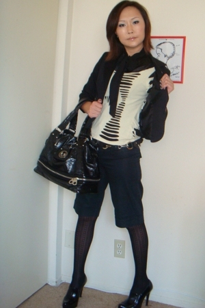 H&M blazer - banana republic blouse - DIY t-shirt - Marc by Marc Jacobs purse -