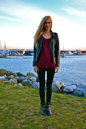 Sirens jacket - Zara shirt