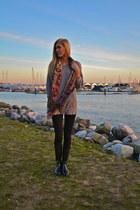 Michael Kors boots - Zara sweater - Aritzia scarf