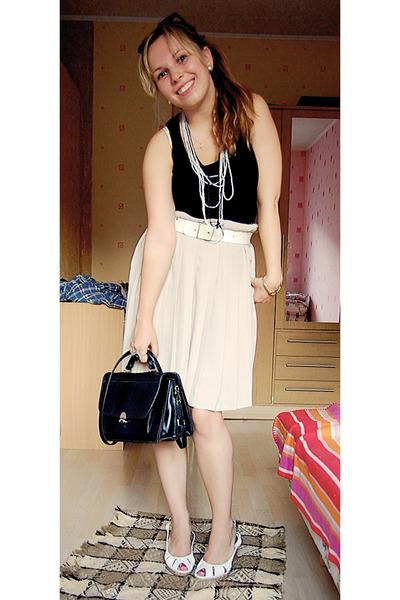 black Miss Selfridge top - beige vintage skirt - black Mums purse - white Coolgi