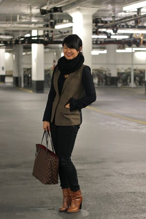 dark brown plaid Club Monaco blazer - brown brown leather Zara boots