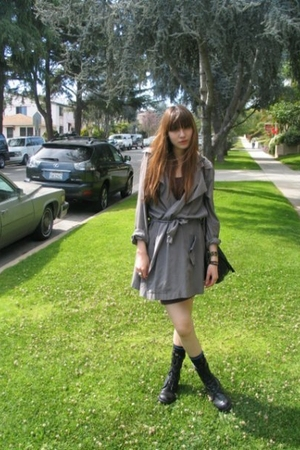 The Batallion dress - vintage boots
