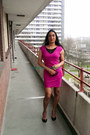Hot-pink-polyester-vila-dress-black-leather-ivanka-trum-pumps