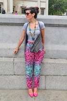 hot pink Very shoes - heather gray Bershka t-shirt - puce Zara vest