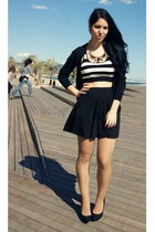 gold Mango necklace - white Mango top - black Primark skirt