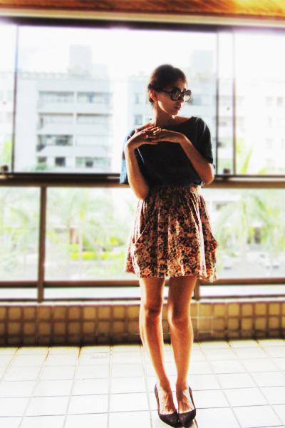 bubble gum Zara skirt - black Schutz shoes - blue Zara shirt