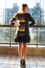 Black-zara-skirt-yellow-vintage-cardigan-red-avida-sandals