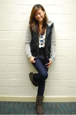 short chestnut Uggs boots - high-waisted jeans - suedette Forever21 jacket