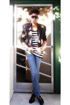 black vintage blazer - black BCBG heels