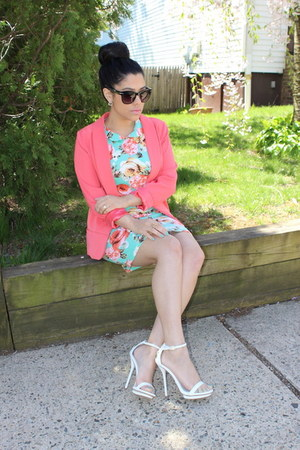 Forever21 blazer - Forever21 dress - Bakers heels