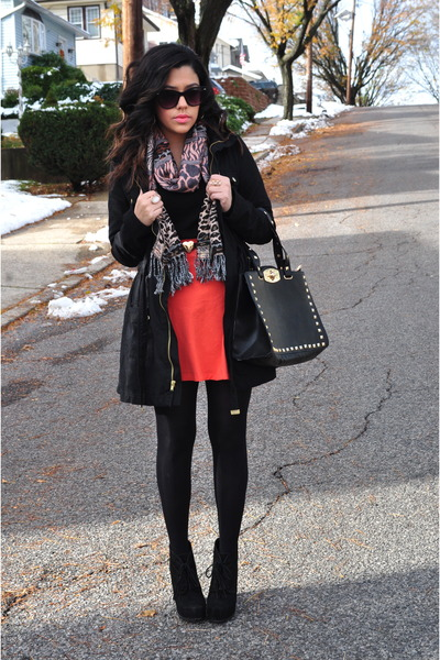 Charlotte Russe skirt - Steve Madden boots - H&M coat - H&M tights - H&M scarf