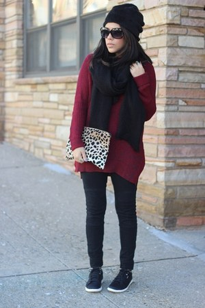 Target sweater - HUE leggings - leopard clutch Clare V bag - Reebok sneakers