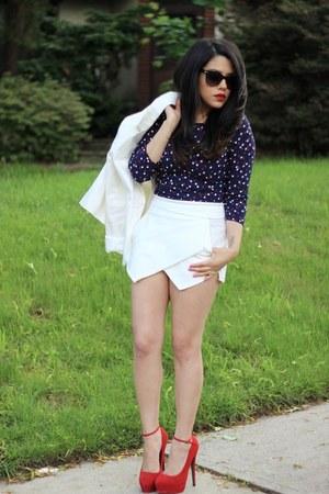 white Forever21 blazer - Choies shorts - polka dots H&M top - Steve Madden heels