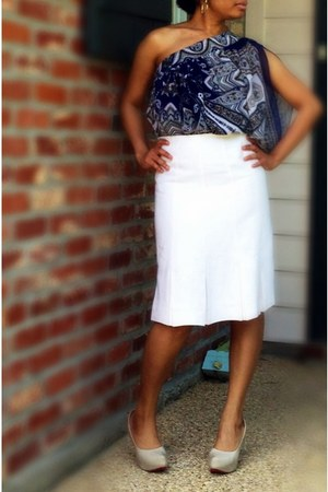 white pleated skirt DIY skirt - navy one shoulder blouse