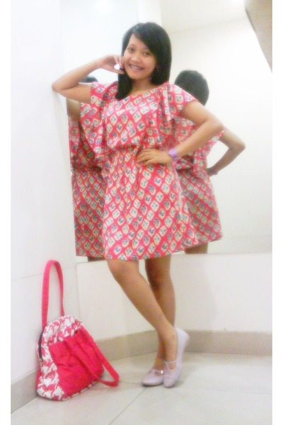Tawny Batik H&m Dress Red