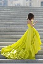 yellow no brand dress