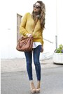 Blue-zara-jeans-gold-silvian-heach-sweater