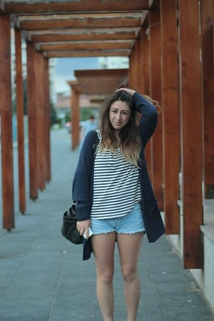 H&M blazer - bag - shorts - H&M t-shirt - sneakers