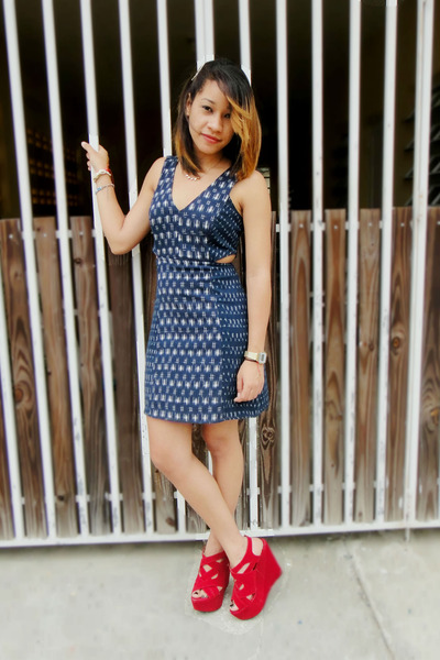navy cut out Urban Outfitters dress - ruby red Ebay wedges