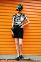 black high waisted Zara shorts - black big frame Chanel sunglasses