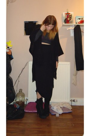 new look skirt - Matalan cape - TopShop Basics t-shirt
