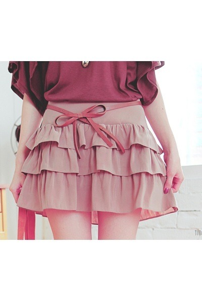 pink ruffled skirt - salmon belt
