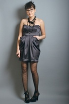 black Nine West shoes - gray peg cowl neneee dress