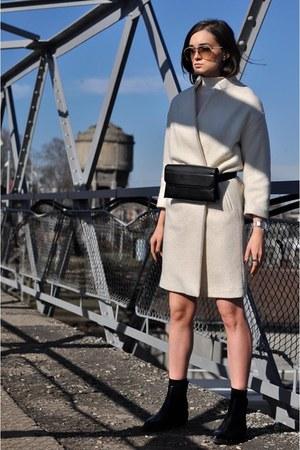 H&M coat - Charles & Keith bag