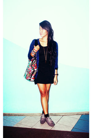 black CMG dress - blue Forever 21 cardigan - gray Guess - gray thrifted shoes -