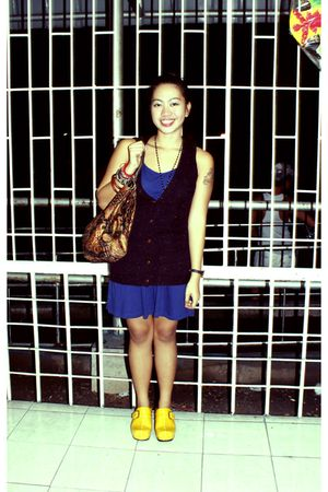 blue Forever 21 dress - purple Forever 21 vest - yellow shoebox - brown thrifted