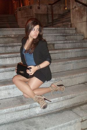 beige Primark shoes - black Zara skirt - black Mango blazer - blue Stradivarius