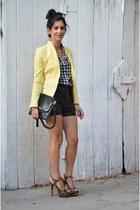 Zara blazer - J Crew shirt - Marc Jacobs bag - H&M shorts - Prada heels