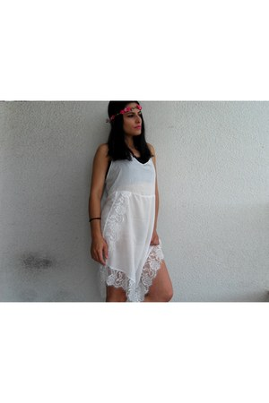 white style moi dress - hot pink Oficina das cores accessories