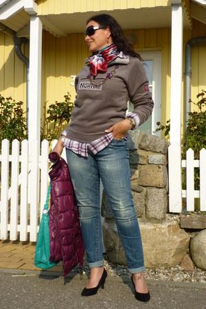 Zara jeans - Zara shirt - Valentino sunglasses - Dorothy Perkins pumps