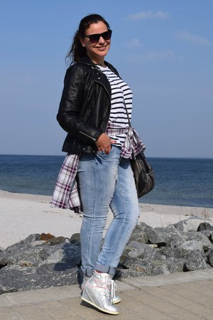 Zara shirt - H&M shirt - Mango jeans - clockhouse jacket - Guess bag