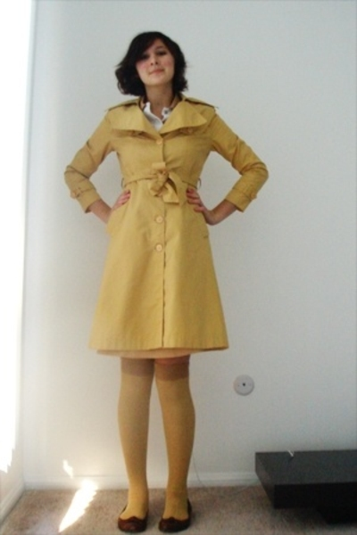 yellow vintage coat - brown banana republic shoes - white vintage dress