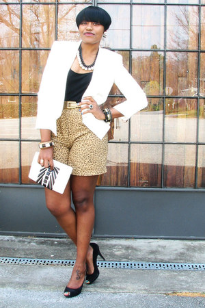tan leopard Jones New York shorts - white thrifted vintage blazer - black shirt