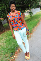 grahic print Urban Outfitters blouse - H&M jeans - yellow Nine West wedges