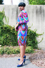 Chevron-thrifted-vintage-dress-navy-payless-heels