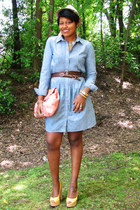 periwinkle denim dress - bubble gum HOBO bag - yellow Nine West wedges