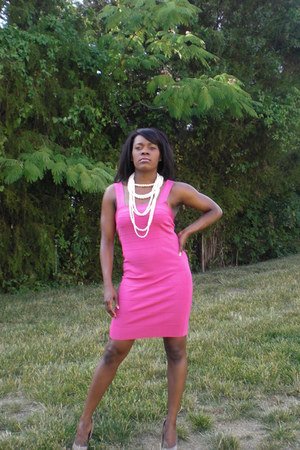 hot pink Express dress - white Express necklace - nude Aldo heels