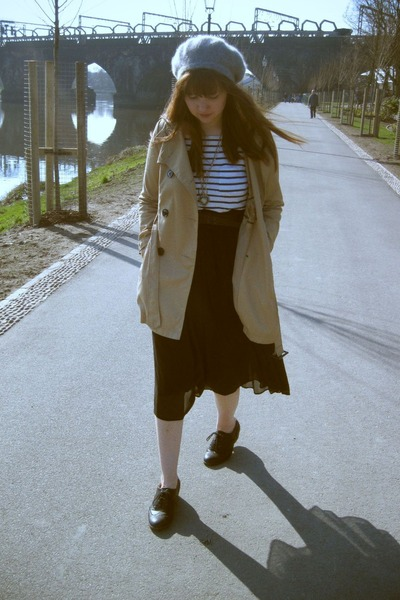 white striped H&M top - black brogues Primark shoes