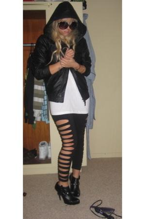 H&M jacket - Hanes t-shirt - Colin Stuart shoes - DIY pants